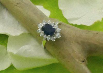 Bague or blanc 18 carats saphir et diamants bijouterie sens