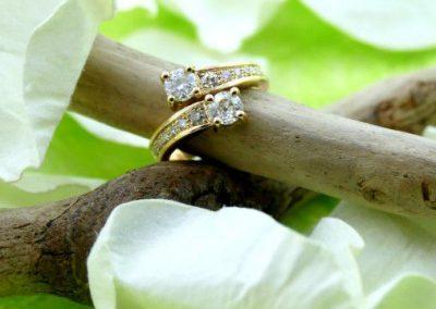 Bague or jaune 750/1000 toi et moi avec des diamants bijouterie sens