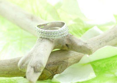 Alliance or blanc 750/1000 triple rangs diamants bijouterie lamalle sens