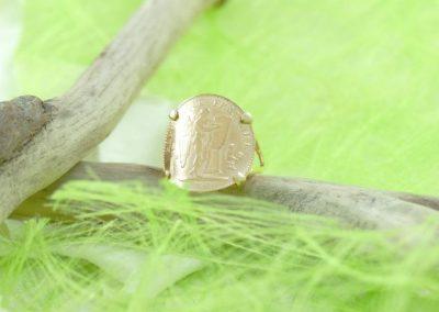 Bague or 750/1000 pièce de 20 francs bijouterie sens