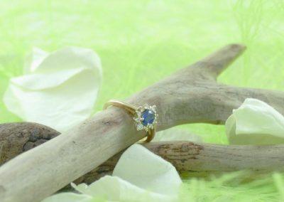 Bague or 18k saphir et diamants