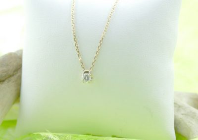Chaine or jaune pendentif or diamant lamalle yonne